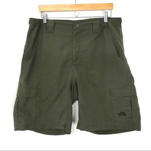 The North Face Mens Large Cargo Hiking Shorts